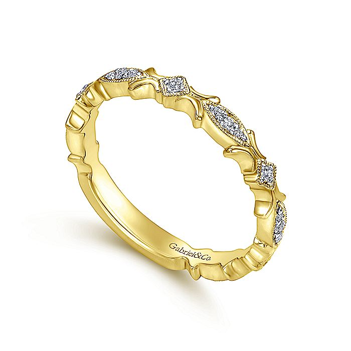 14K Yellow Gold Floral Diamond Ring