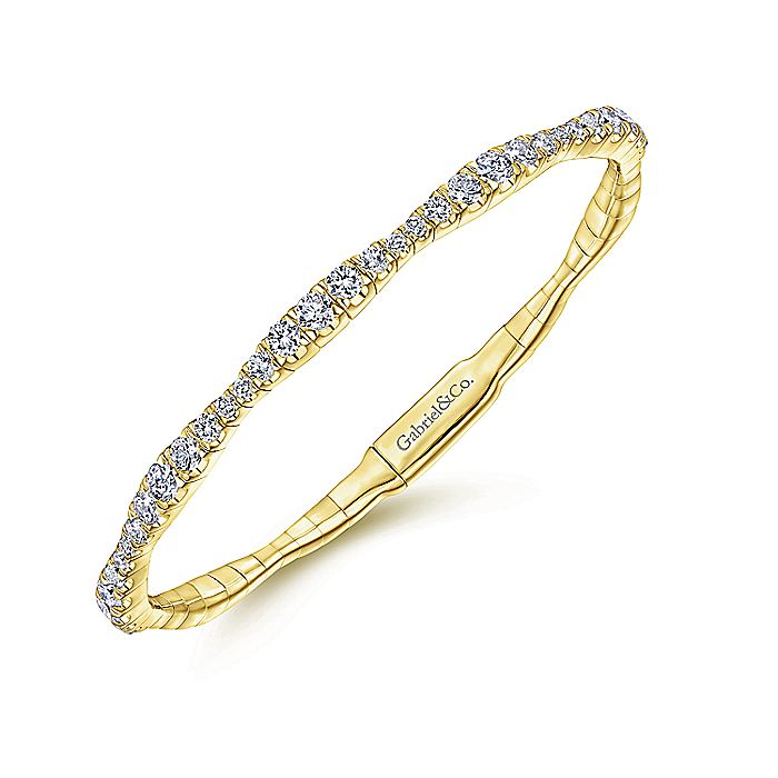 14K Yellow Gold Graduating Diamond Station Bangle