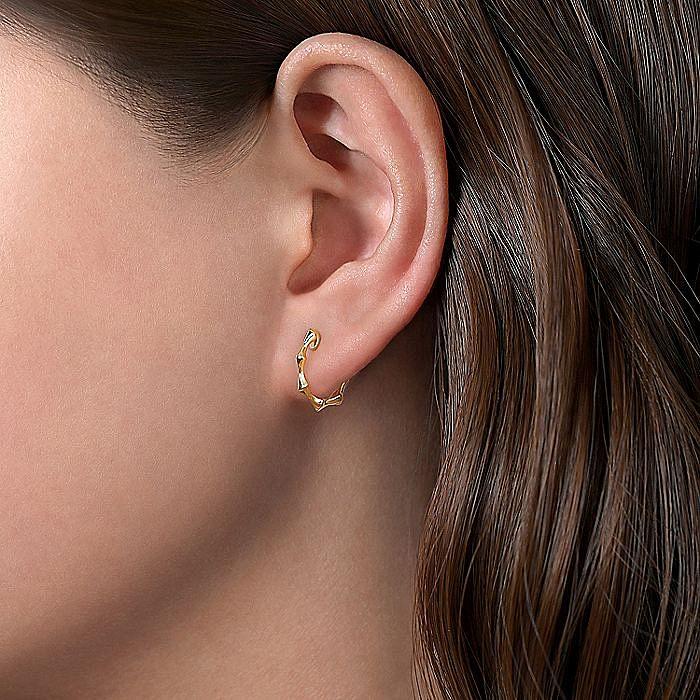 14K Yellow Gold Graduating Pattern Huggie Earrings