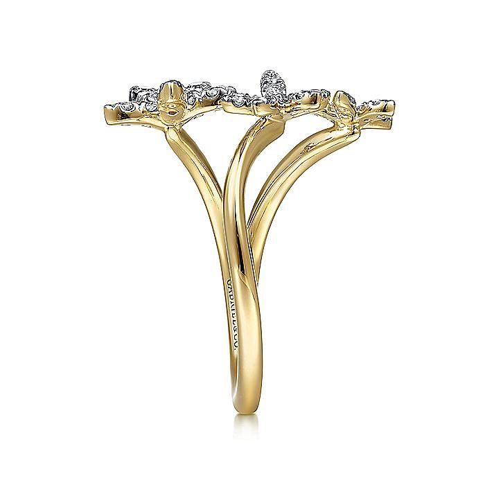 14K Yellow Gold Open Ring with 3 Graduating Diamond Pavé Stars