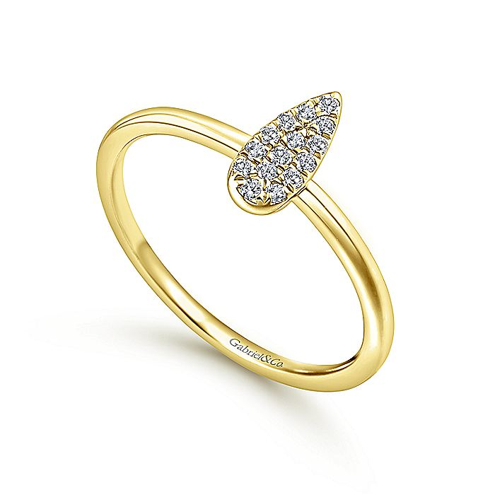 14K Yellow Gold Pear Shaped Diamond Cluster Midi Ring