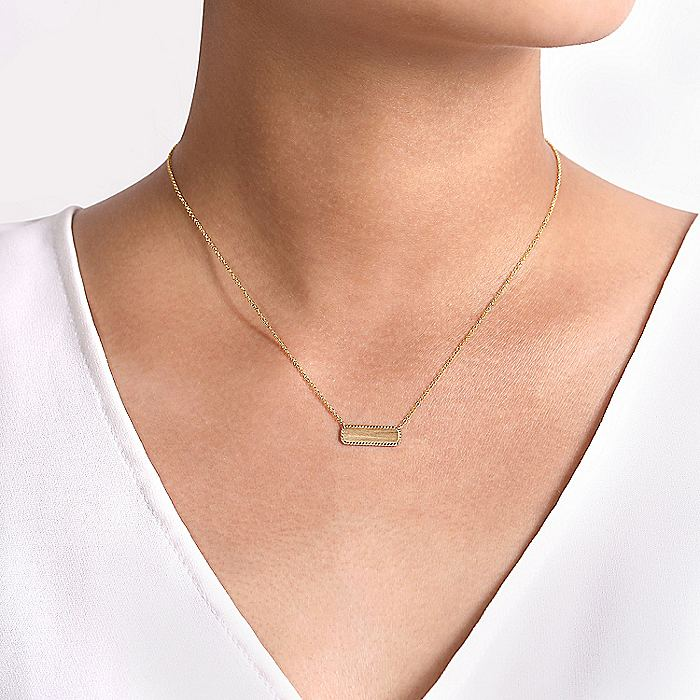 14K Yellow Gold Rectangular ID Pendant Necklace with Twisted Rope Frame