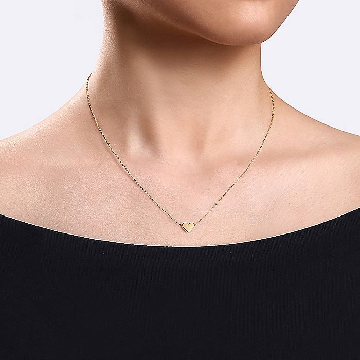 14K Yellow Gold Solid Heart Pendant Necklace