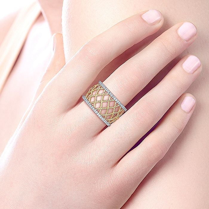 14K Yellow/White Gold Woven Grid Wide Band Diamond Ring
