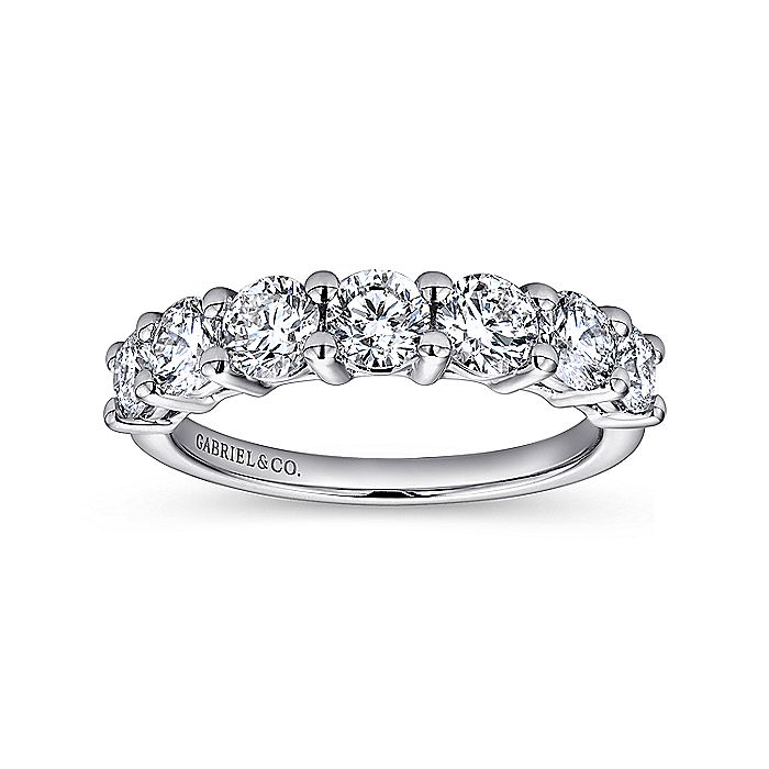 14k White Gold 7 Stone Shared Prong Band