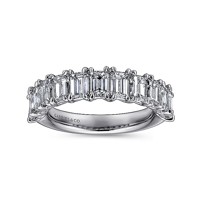 14k White Gold Emerald Cut 11 Stone Prong Set Diamond Anniversary Band