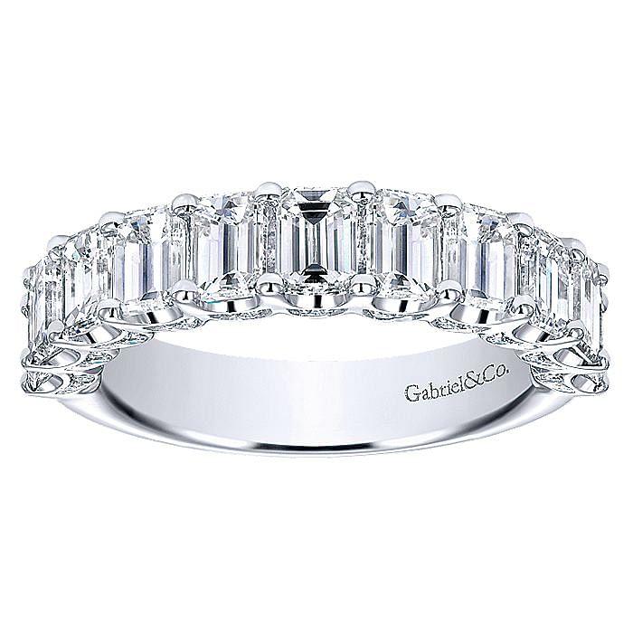 14k White Gold Emerald Cut 11 Stone Prong Set Diamond Anniversary Band