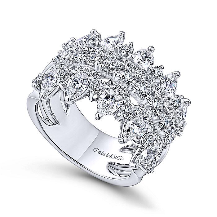14k White Gold Fancy Diamond Anniversary Band