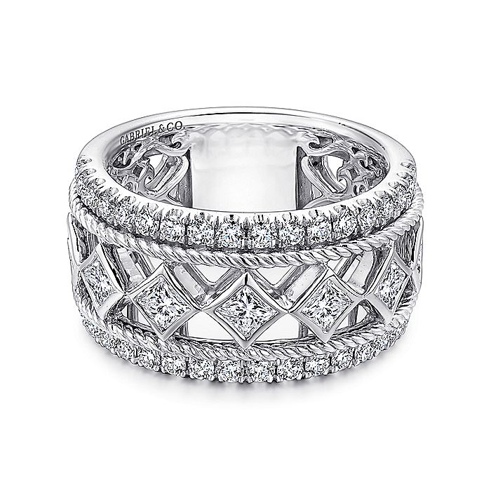 14k White Gold Fancy Princess Anniversary Band