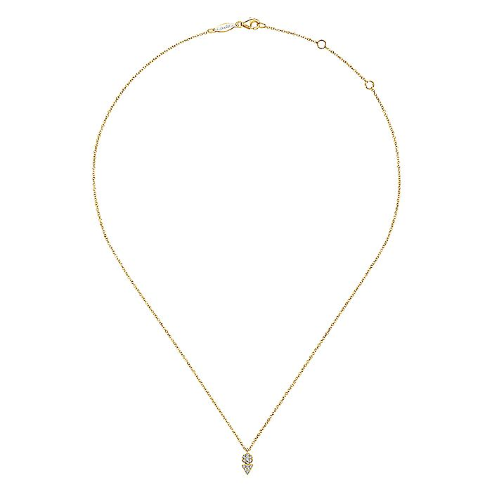 14k Yellow Gold Geometric Diamond Cluster Fashion Necklace