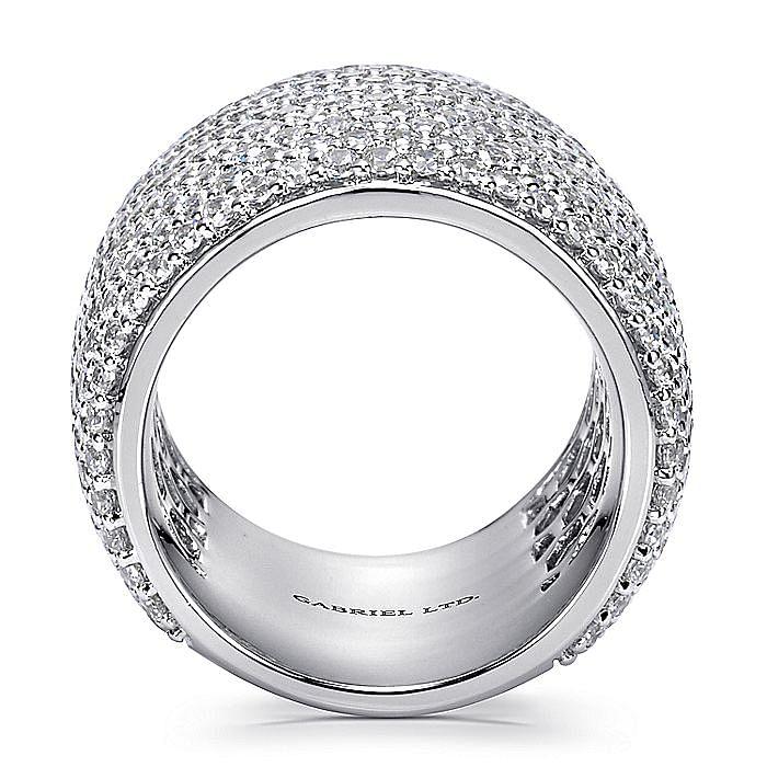 18K White Gold Diamond Pavé Domed Ring