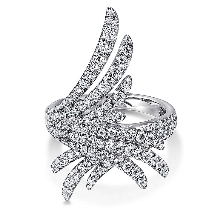 18K White Gold Intersecting Diamond Statement Ring
