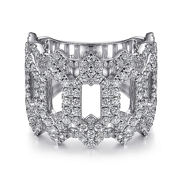 18K White Gold Oval Diamond Cutout Stations Statement Ring