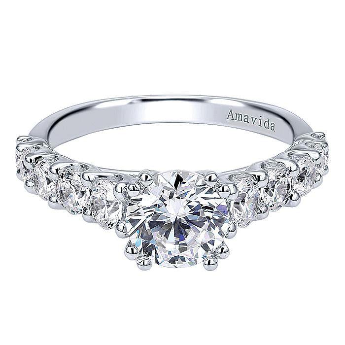 18K White Gold Round Diamond Engagement Ring