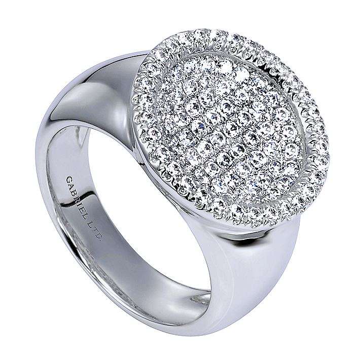 18K White Gold Round Diamond Pavé Ring