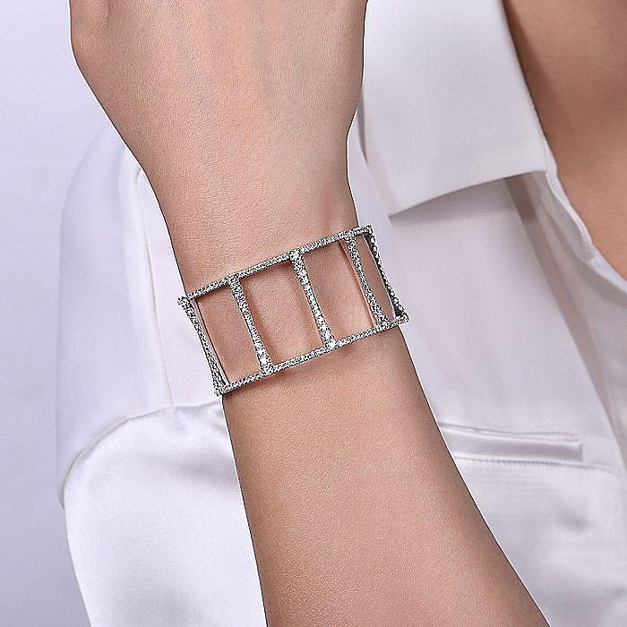 18K White Gold Wide Diamond Cage Bracelet