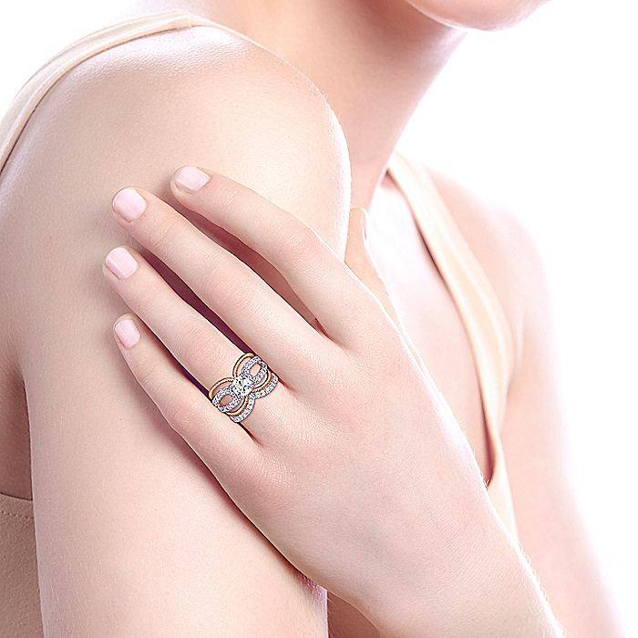18K White-Yellow Gold Round Diamond Split Shank Engagement Ring
