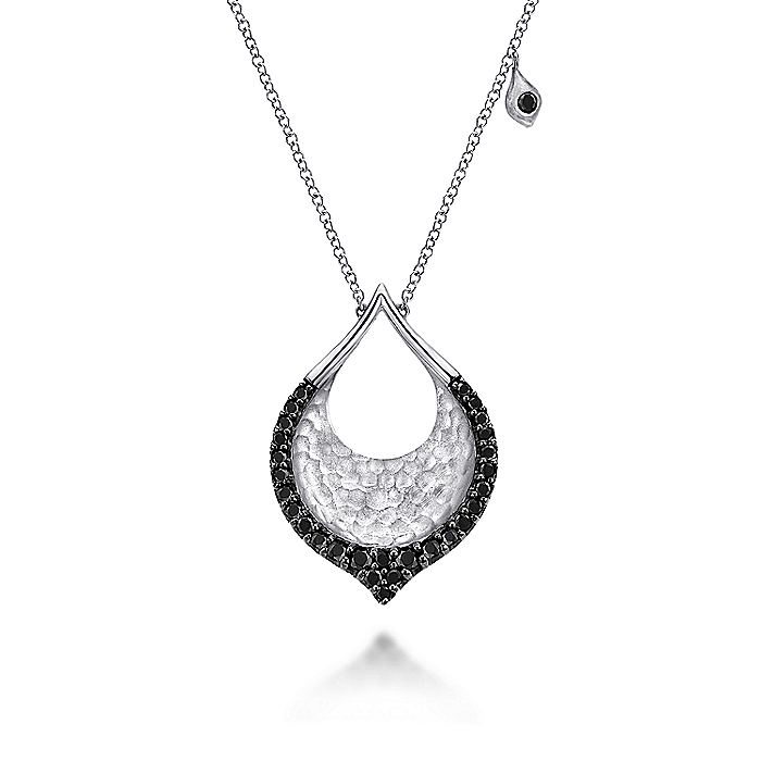 925 Sterling Silver Black Spinel Fashion Necklace