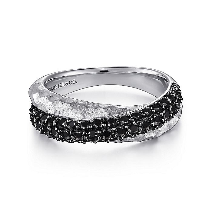 925 Sterling Silver Hammered Black Spinel Criss Cross Ring