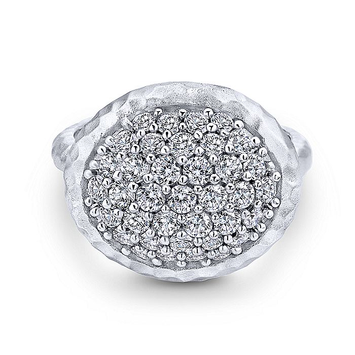 925 Sterling Silver Hammered Horizontal Oval White Sapphire Cluster Ring