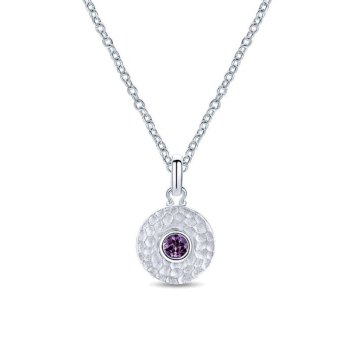 925 Sterling Silver Round Hammered Fashion Pendant with Amethyst Stone
