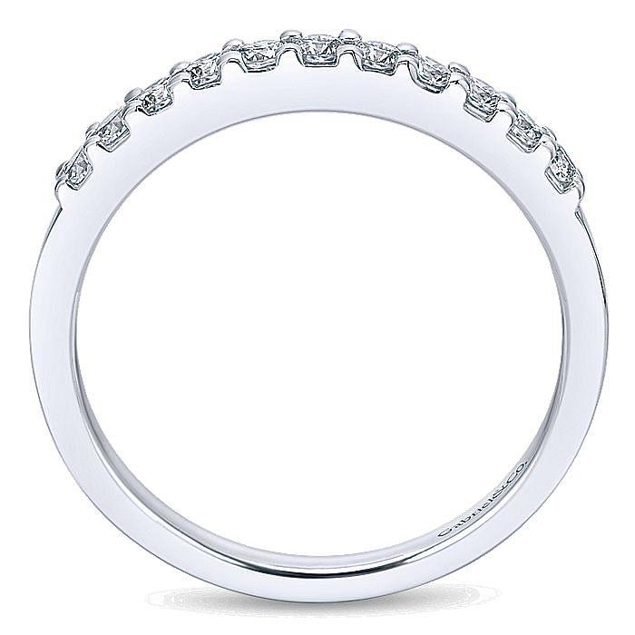 Platinum 11 Stone Shared Prong Set Diamond Wedding Band
