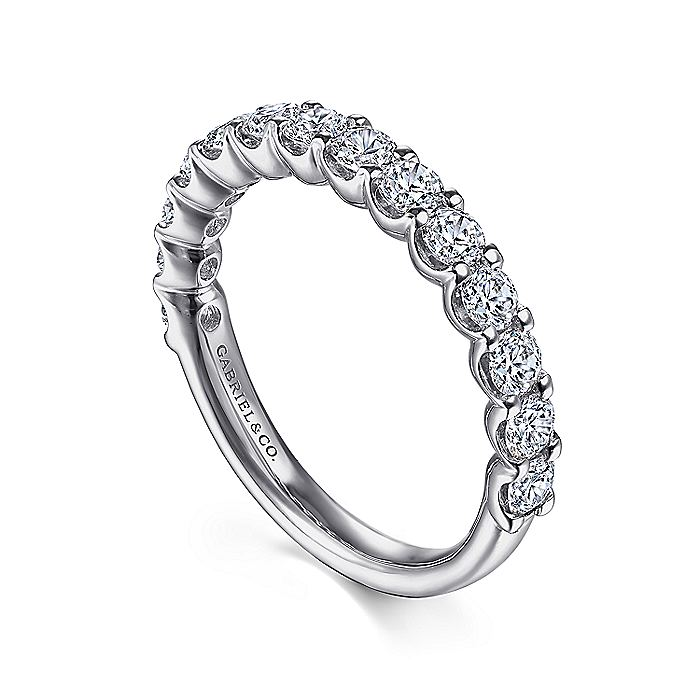 Platinum Shared Prong Set Diamond Wedding Band
