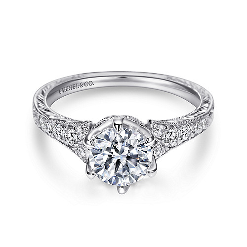 Which Engagement Ring Metal Should You Choose: Platinum, Rose Gold, Yellow Gold or White Gold?