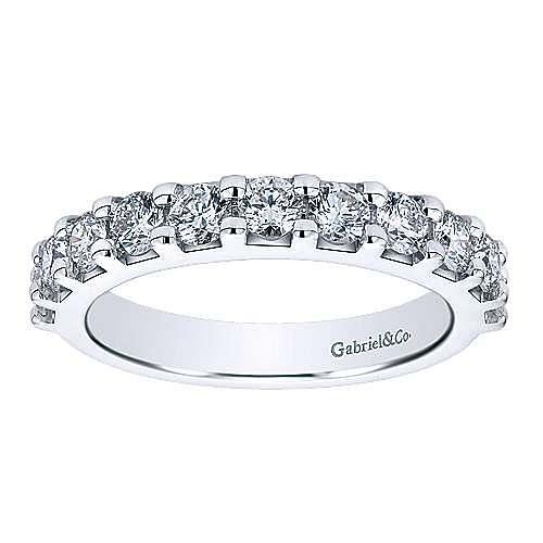14K White Gold 11 Stone Shared Prong Set Diamond Wedding Band