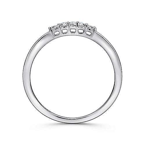 14K White Gold 5 Stone Shared Prong Diamond Wedding Band