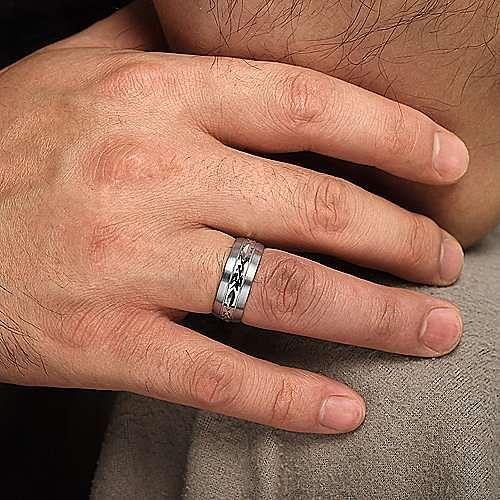 14K White Gold 8mm - Engraved Center Pattern, Milgrain Channel Men's Wedding Band