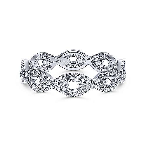 14K White Gold Diamond Pavé Chain Link Eternity Ring