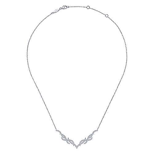 14K White Gold Diamond Pavé Intertwining Bar Necklace