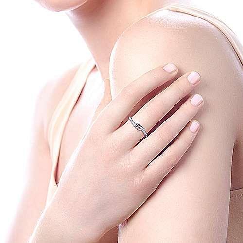 14K White Gold Diamond Pavé Twist Ring