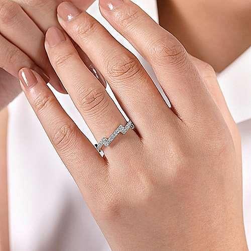 14K White Gold Diamond Zig Zag Ring