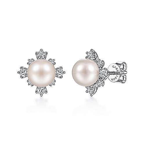 14K White Gold Diamond and Pearl Stud Earrings