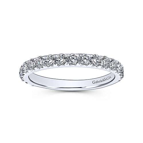 14K White Gold Fishtail Pavé Diamond Wedding Band