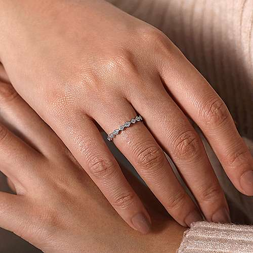 14K White Gold Geometric Diamond Stackable Ring