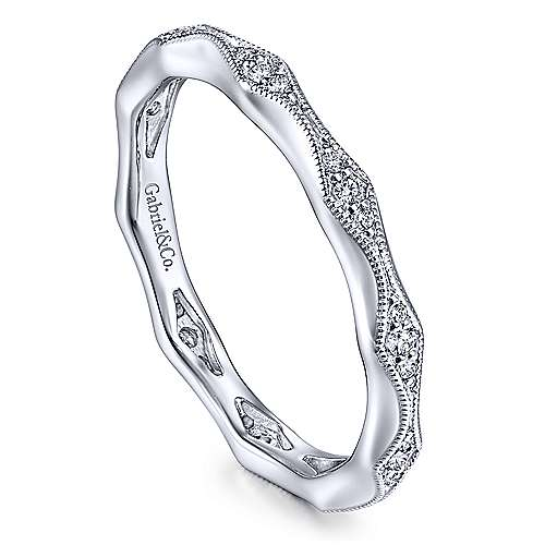 14K White Gold Graduating Diamond Eternity Ring