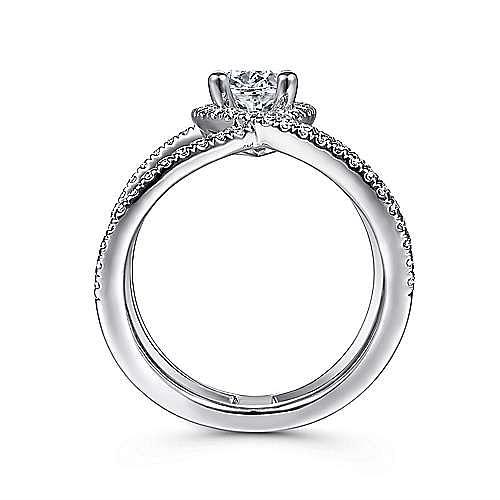 14K White Gold Oval Halo Diamond Engagement Ring