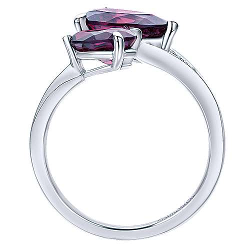 14K White Gold Pear Shape Amethyst Split Ring with Diamond Accents