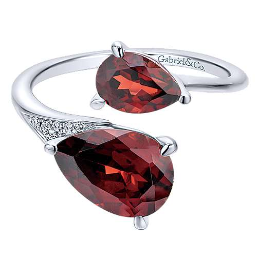 14K White Gold Pear Shape Garnet Split Ring with Diamond Accents