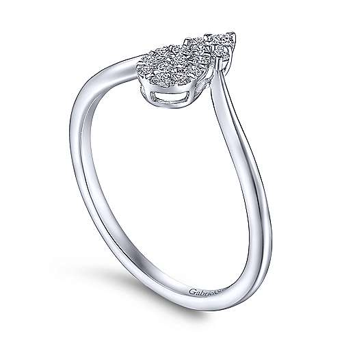 14K White Gold Pear Shaped Diamond Cluster Ring