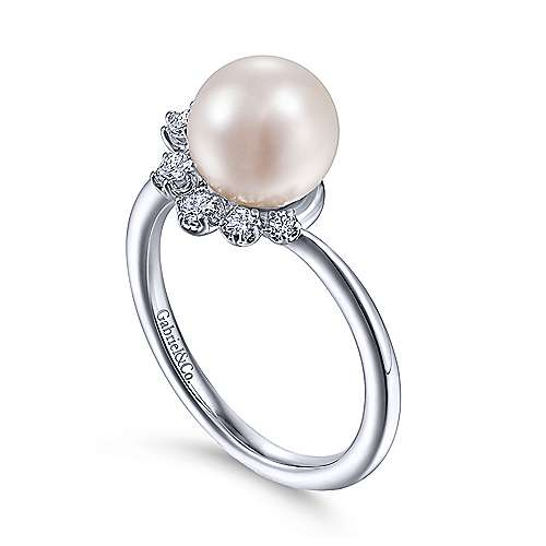 14K White Gold Pearl Ring with Diamond Accent