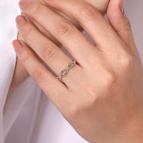 14K White Gold Plain Twisted Stackable Ring