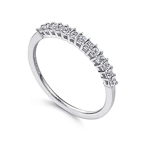 14K White Gold Princess Cut 13 Stone Prong Set Diamond Wedding Band