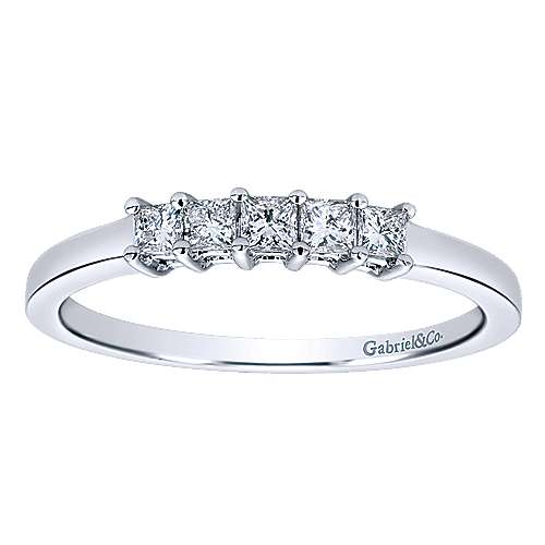 14K White Gold Princess Cut 5 Stone Prong Set Diamond Wedding Band