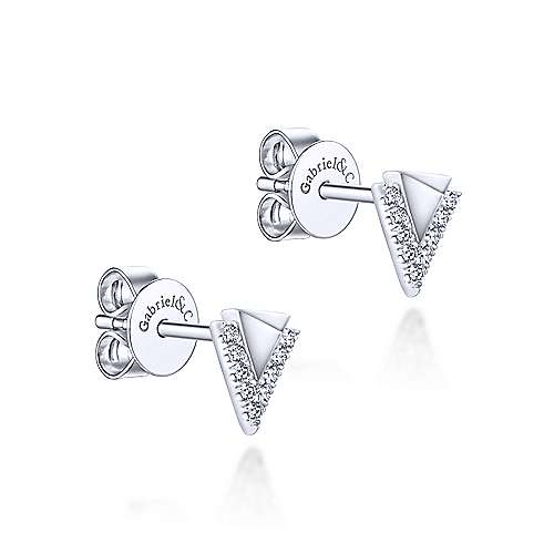 14K White Gold Pyramid Diamond Stud Earrings