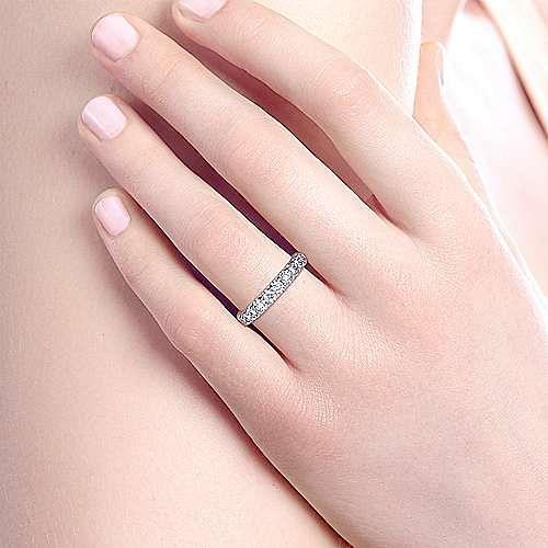 14K White Gold Round 11 Stone Diamond Wedding Band