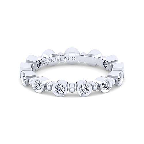 14K White Gold Round Bezel Station Diamond Stackable Ring